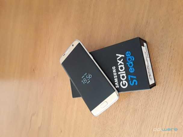 Samsung S7 Edge, 32GB, dourado, livre (em estado novo)